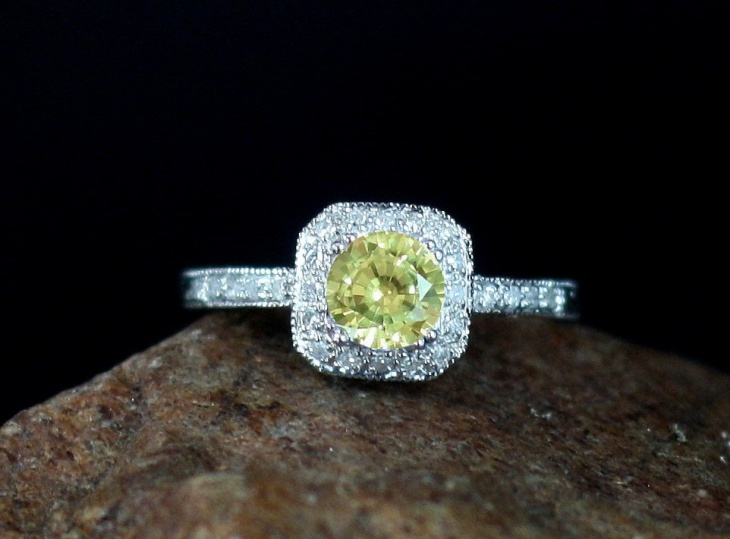 antique diamond halo engagement ring2