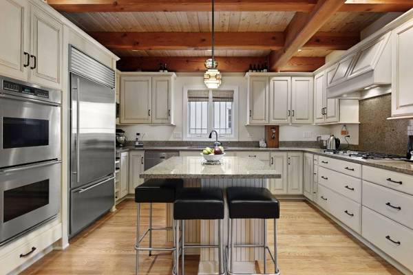 antique white kitchen storage cabinets1