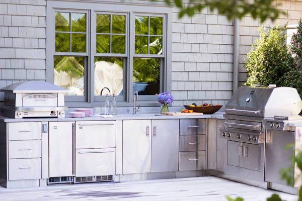 small outdoor kitchen storage cabinets1