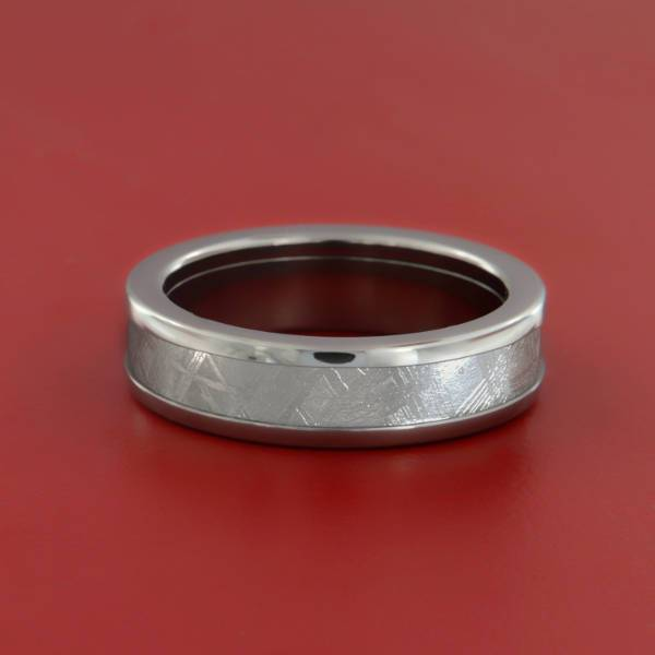 Women's Titanium Wedding Precious Ring