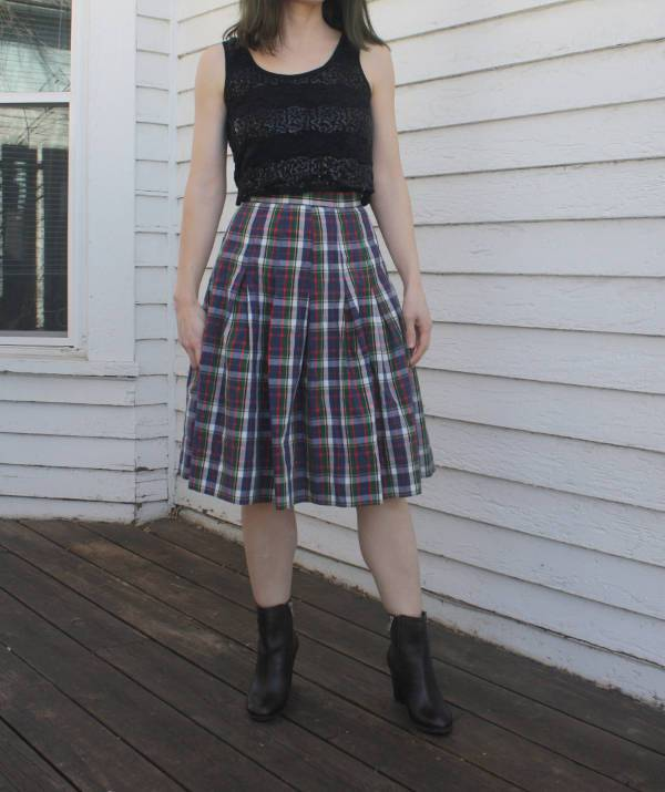 Vintage Plaid Pleated Skirt