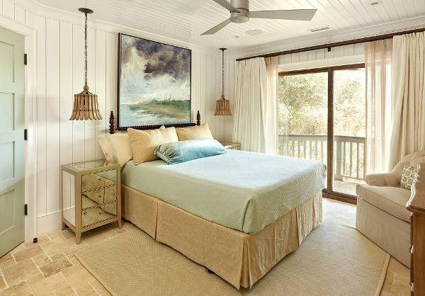 Beach Cottage Bedroom Decorating Idea
