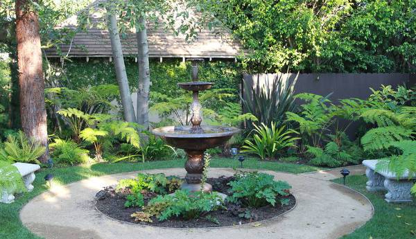 19+ Outdoor Fountain Designs, Ideas | Design Trends - Premium Psd