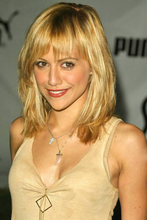 Brittany Murphy Shoulder Length Haircuts With Bangs