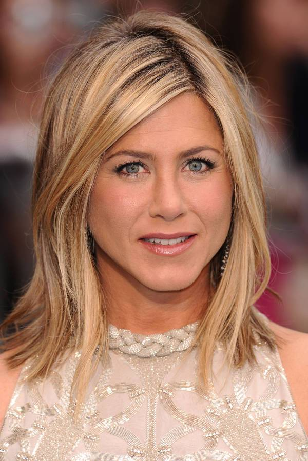 Jennifer Aniston Blonde Shoulder Length Haircut