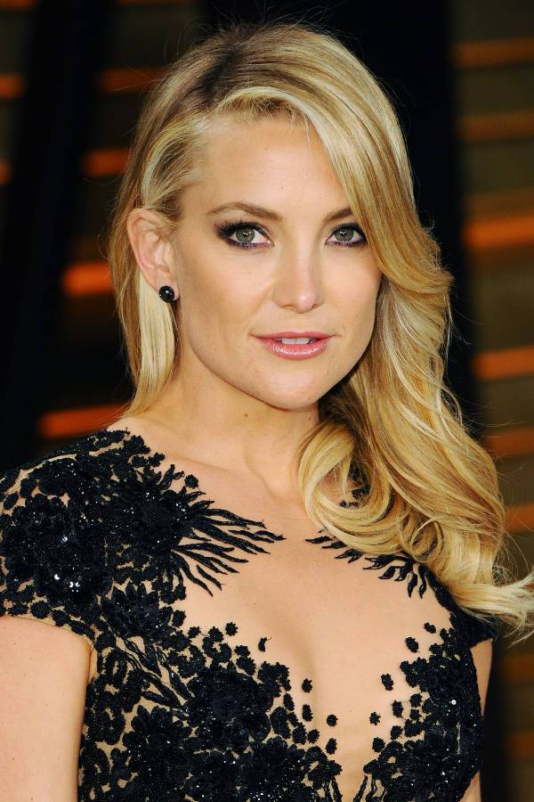 Kate Hudson Shoulder Length Hairstyle For Wedding