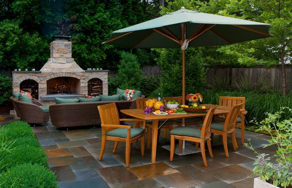 outdoor patio wooden chairs