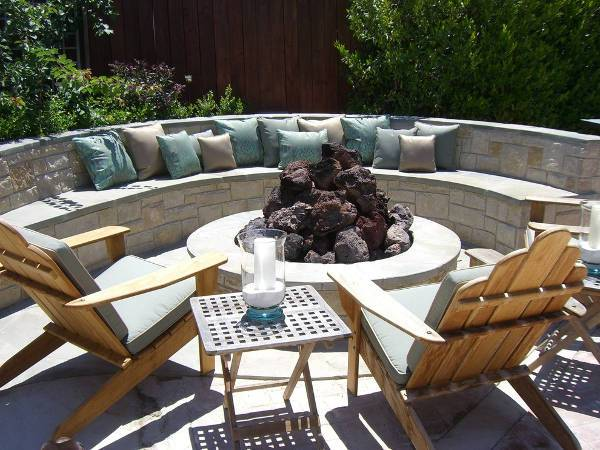 curved stone outdoor bench