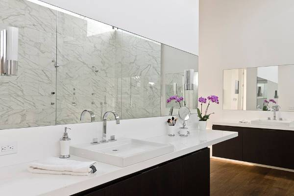 simple modern bathroom faucet design
