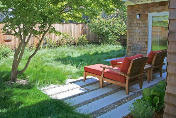 padded wood lawn chairs
