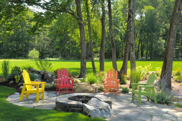 colorful outdoor lawn chairs