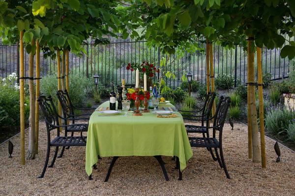 cool wrought iron lawn chairs