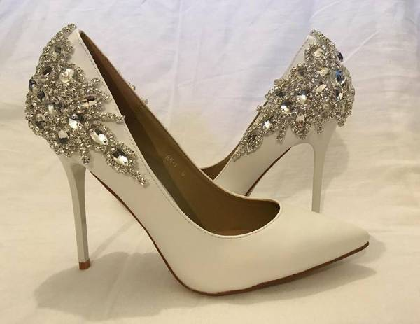 white high heel bridal shoes