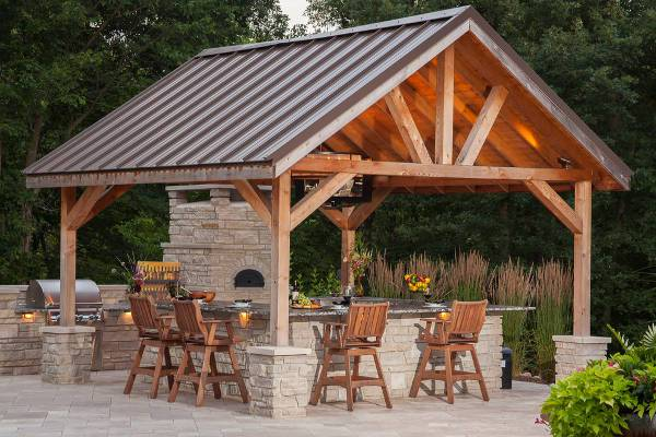 traditional wood outdoor bar