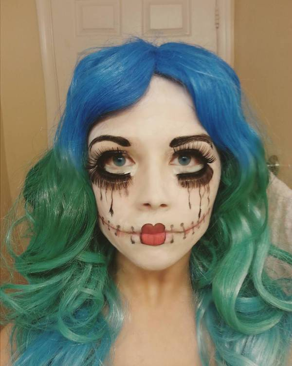 spooky doll costume makeup1