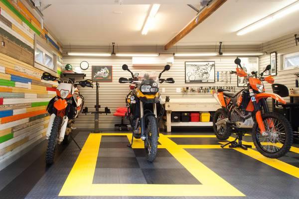 traditional rubber garage flooring