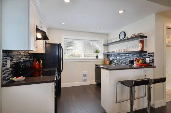 small basement kitchen bar design