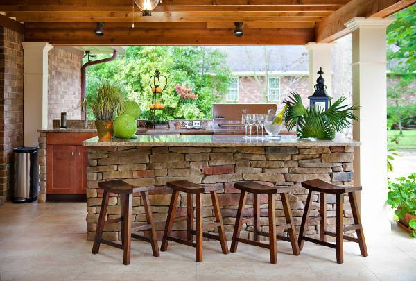 traditional outdoor wood bar stools