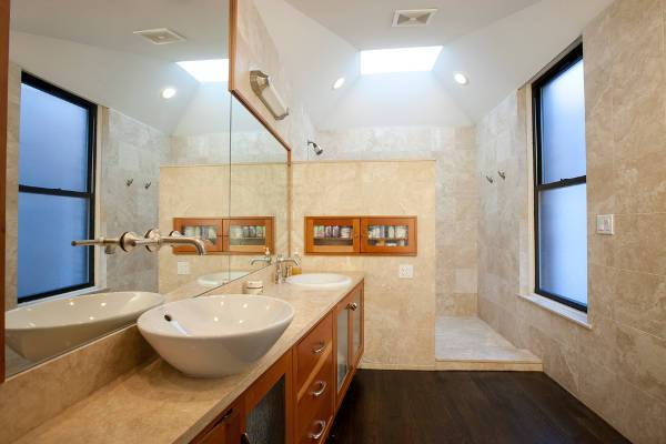 corner walk in shower stall