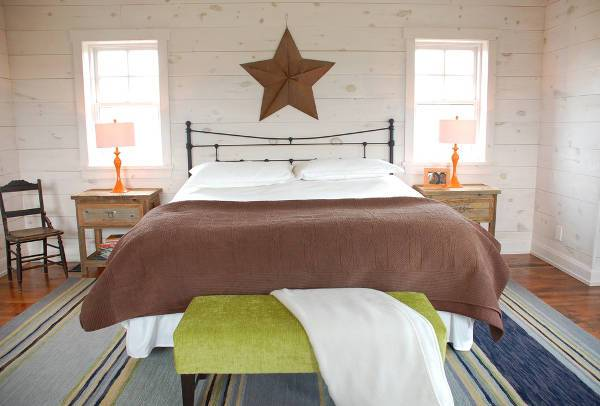 rustic wood nightstand idea