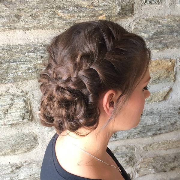 beautiful braided wedding hairstyle