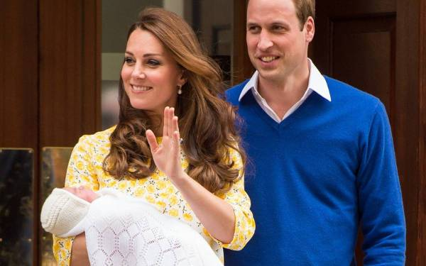 Presenting Princess Charlotte to The World outside St Mary's Hospital in 2015