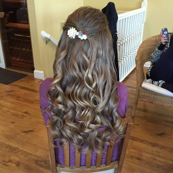 bridal curly hairstyle for long hair