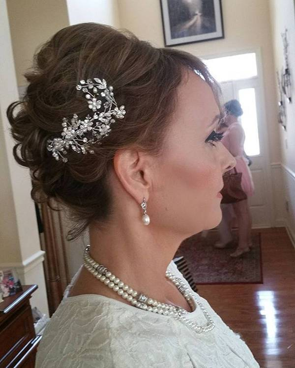 short bridal updo hairstyle