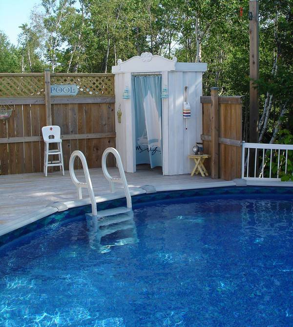 13 outdoor shower designs ideas design trends for Pool showers