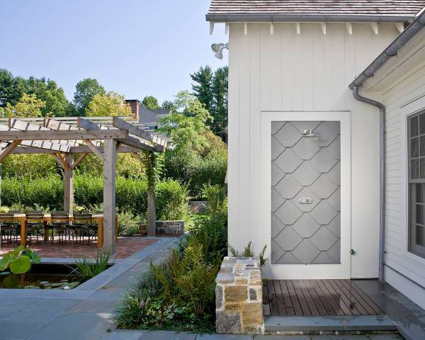 wall mounted outdoor farmhouse shower