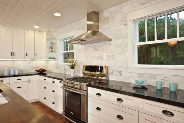 kitchen marble tile backsplash