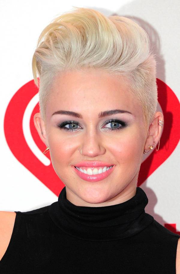 miley cyrus blonde comb over fade hairstyle