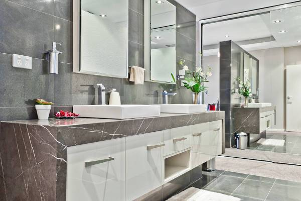 white bathroom vanity sink