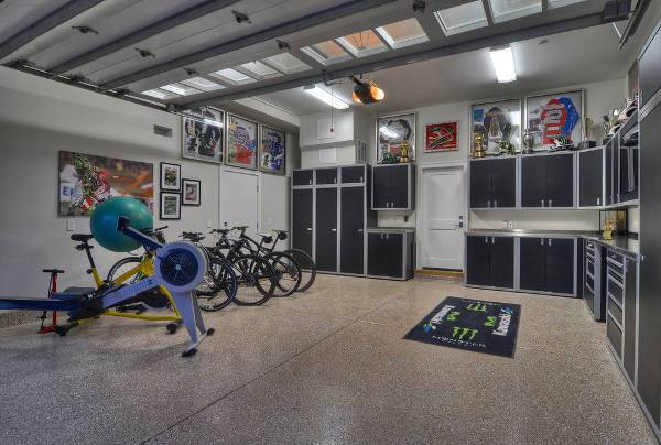 cool garage corner cabinets