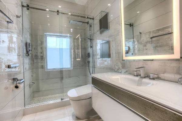 contemporary glass shower design