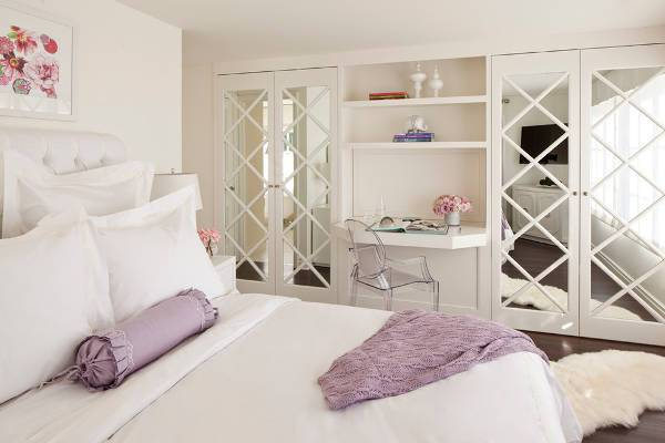 bedroom closet door design