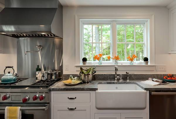 farmhouse kitchen sink design