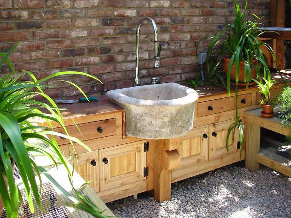 rustic outdoor sink idea
