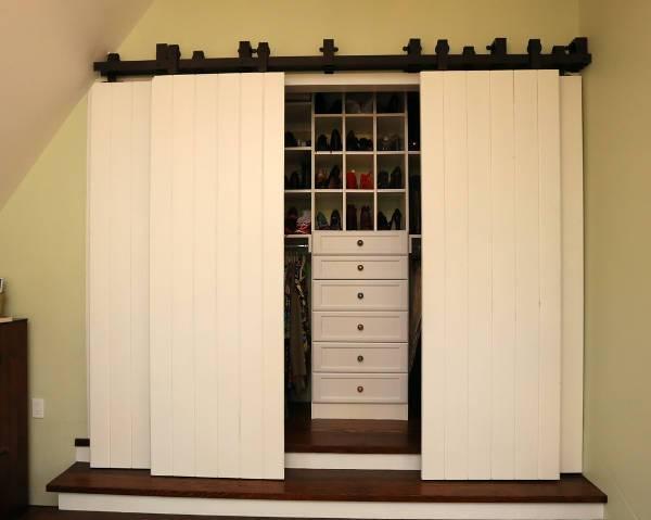 traditional sliding closet door