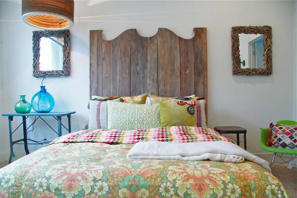 rustic wood bedroom design