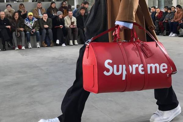 supreme louis vuitton bag