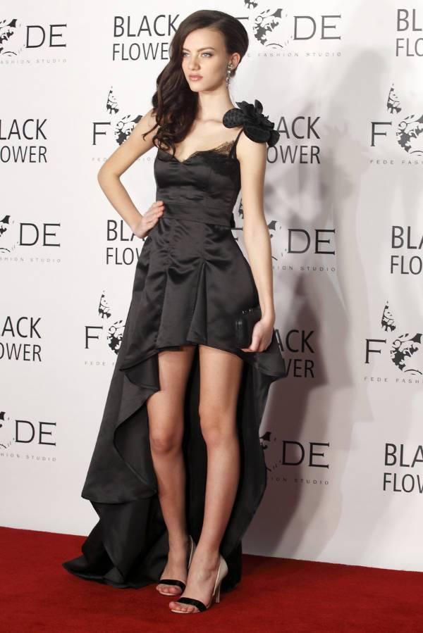 beautiful gothic bridesmaid dress