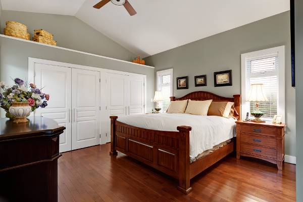 white bedroom closet doors