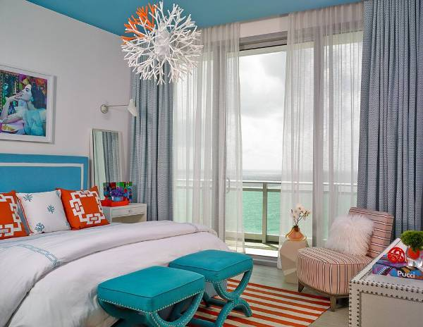 beach style bedroom ottoman design