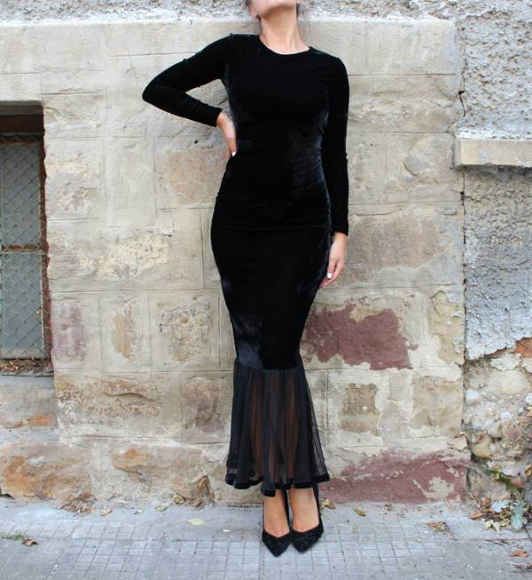 black velvet homecoming dress