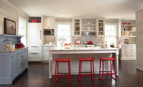 cottage kitchen sideboard idea