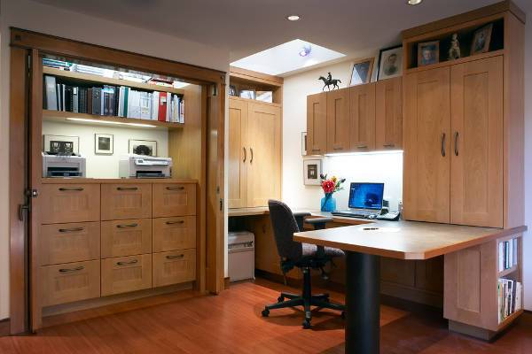 built in office furniture