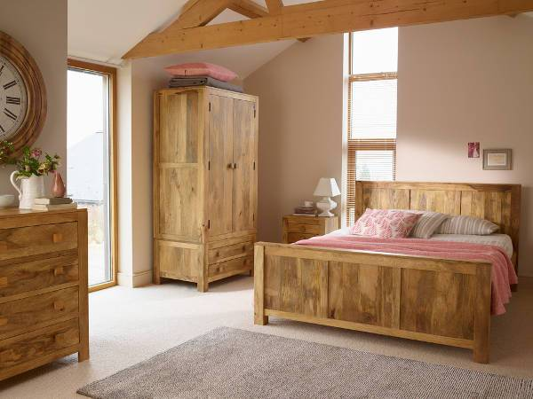 rustic bedroom furniture