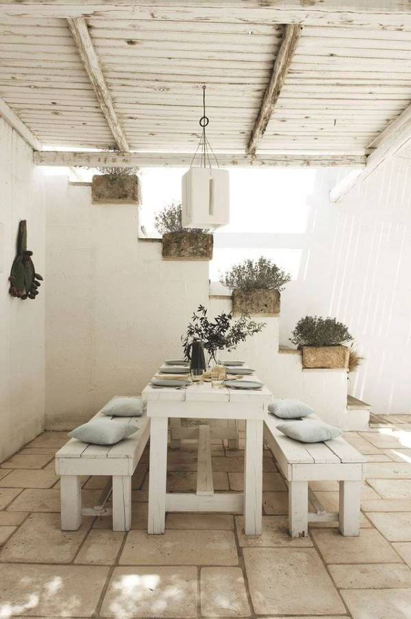 all white scandinavian outdoor