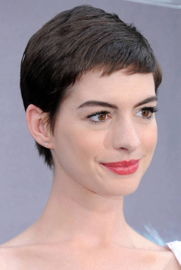 Anne Hathaway Short Pixie Haircuts for Women